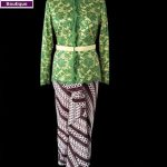 Kebaya Batik Hijau Ibu Mela