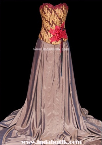 Gaun Pengantin Model Bustier Batik
