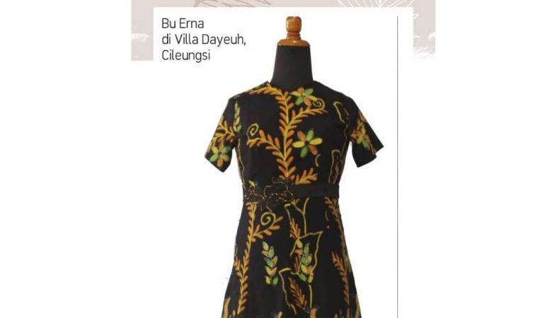 Dress Batik Cantik untuk Ibu erna di Villa Dayeuh - Cileungsi by Indabutik