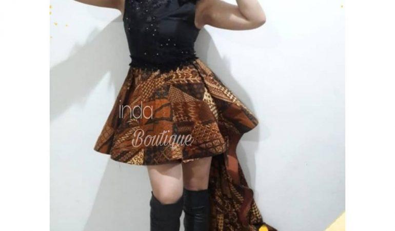 Dress Batik Cantik untuk Mbak Emilia di Rafless Hills Cibubur by Indabutik
