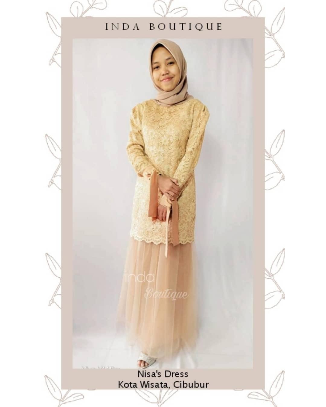 Dress Cantik untuk Kak Nisa di Kota Wisata