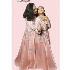 Gaun Cantik untuk Ibu Bidan Eneng dan Putrinya di Mekarsari -Cileungsi by Indabutik