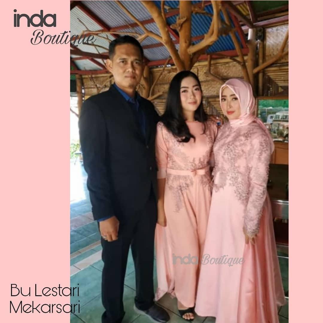 Dress Cantik Keluarga Ibu Lestari di Mekarsari by Indabutik
